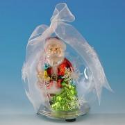 Стеклянные шары, елки и новогодний декор с подсветкой
