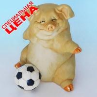 """PG-7982 (12) 11*11*15 см Фигурка """"Свинья с мячом"""", искусственный камень, пр-во SEALMARK (H"""