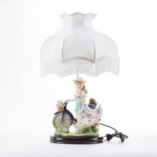 """QP-80193L (4) d=36см, h=55см Лампа с фарфоровой статуэткой """"Девушка с велосипедом"""""""