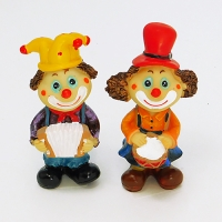 YW-00696 (120н.) Набор из 2-х клоунов с музык. инструментом, 2 вида, 5*6*13см