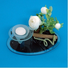 BL-03700 (18) 19*13*10 см. Подсвечник со свечей и цветами, на овальной подставке
