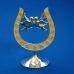 HG02001 (48) 10*7*14см. Подкова серебряная с парой голубей, на подставке, со стразами