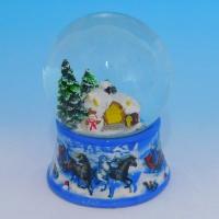 HY-12780 (16)  Стеклянный шар с домиком и снеговиком в лесу, на фарфоровой подставке D=8см, H=11см