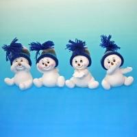 LR-0978 (18наб.) 8*5*6.5см. Набор из 8-х снеговиков в шапке, из полистоуна, 4 вида