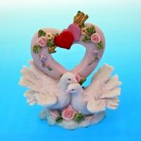 MR-51106 (24)  13*7*15см. Пара голубей с сердцем, полистоун