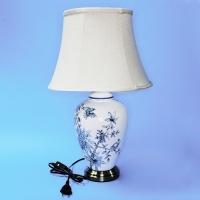 NI-01115B(1)d=34см,h=55см Электрическая лампа с абажуром, белая с голубыми ветвями и птицей,керамика